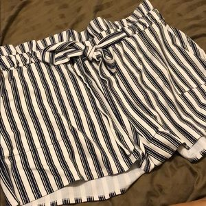 Stripe High Wastied Short from Express ✨✨